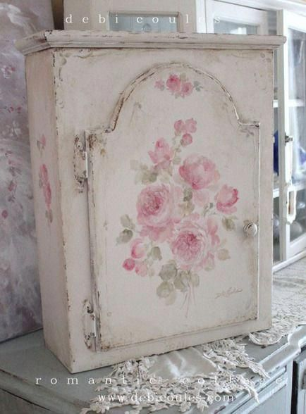 DIY Cupboard in shabby style