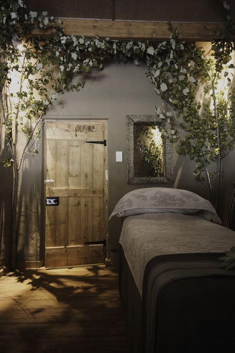 Forest bedroom ideas