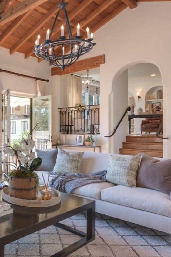 Mediterranean Living room decor