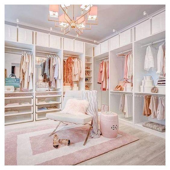Aesthetic dressing room
