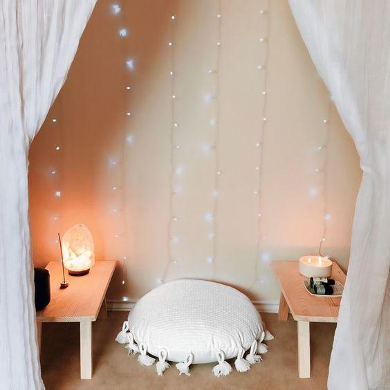 simple meditation room