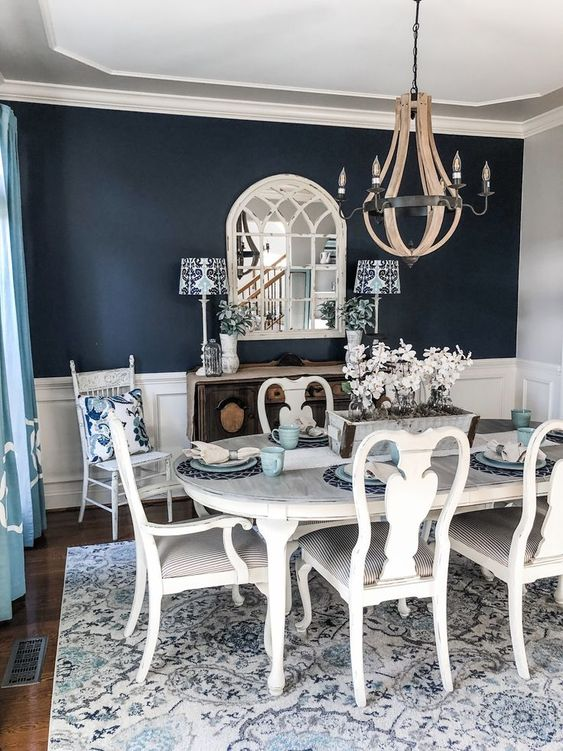 Small modern Victorian dining room decorating ideas