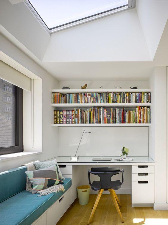 Simple modern Victorian study room decorating ideas