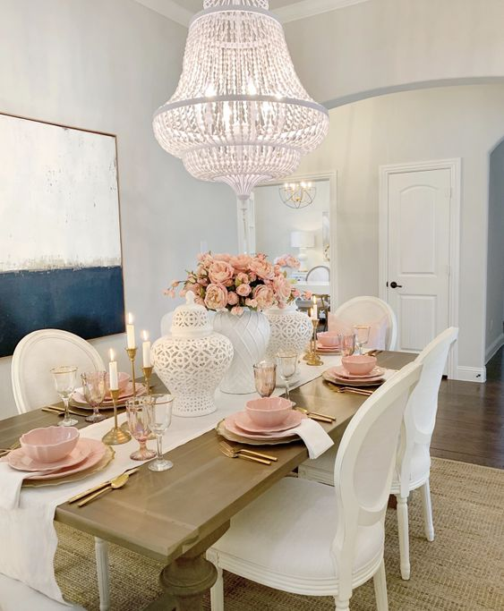 Shabby chic dining room with pink tableware