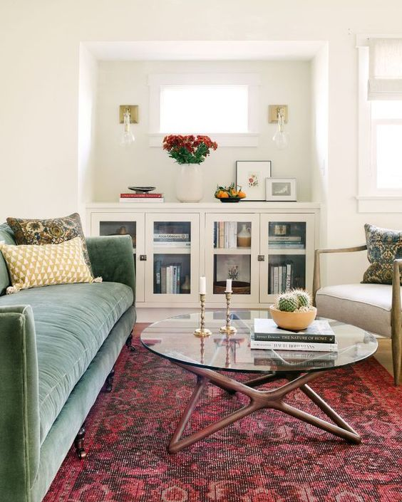 Cozy eclectic design for living room