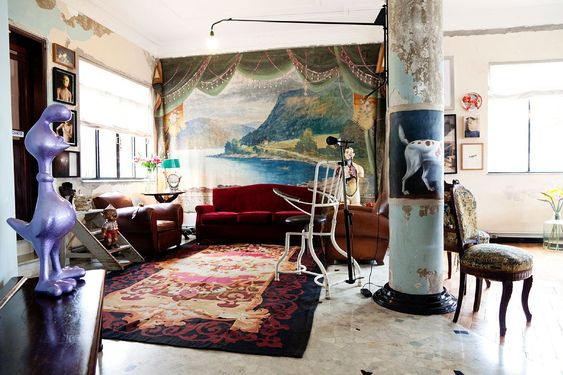 Attractive mural as a decorations in living room