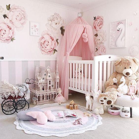 Newborn baby room decorating ideas in feminine concept