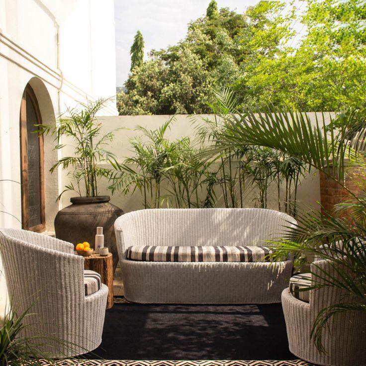 Tropical patio backyard furniture