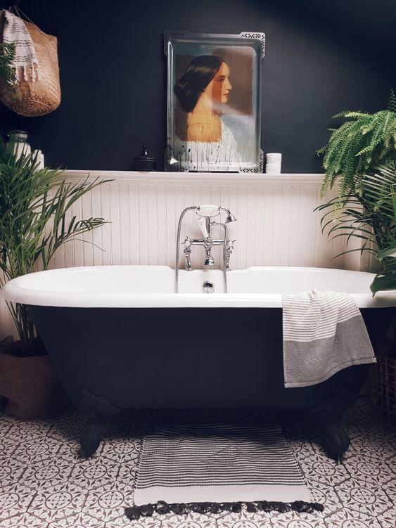 Modern authentic Victorian bathroom design ideas