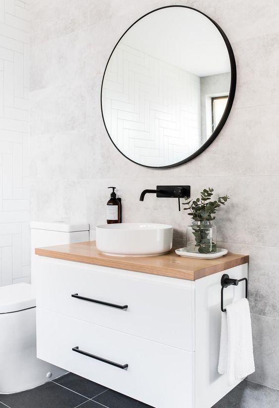 Modern Victorian bathroom vanity and shower types
