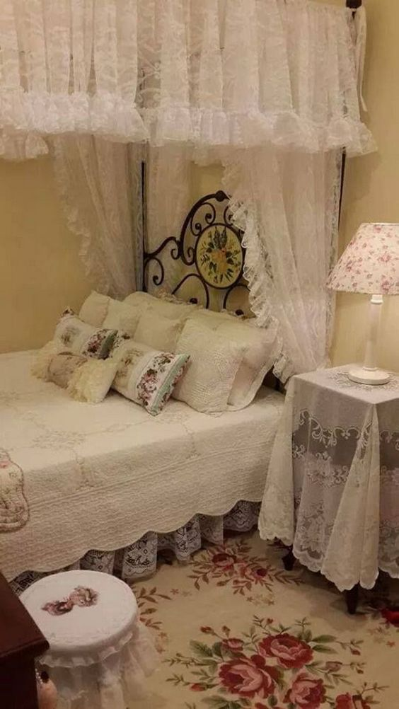 Shabby chic decorative rug for decorations in a bedroom