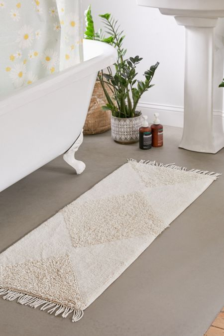 Modern gothic interior design bathroom rugs