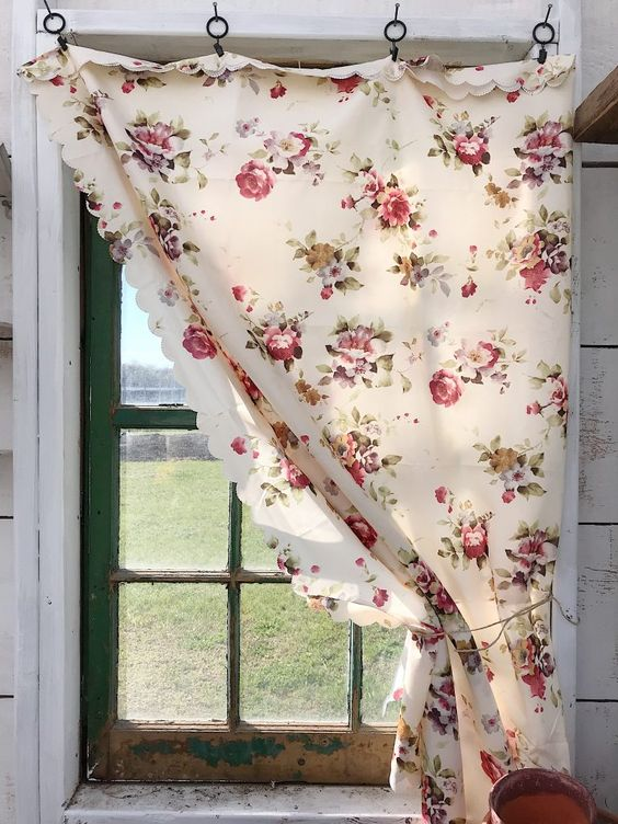 Shabby chic DIY curtains for room