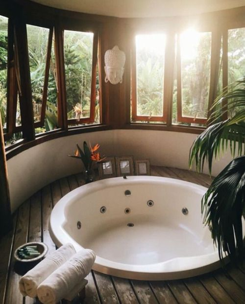 Relaxing space in the bathroom