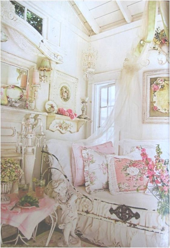 Shabby chic interior style