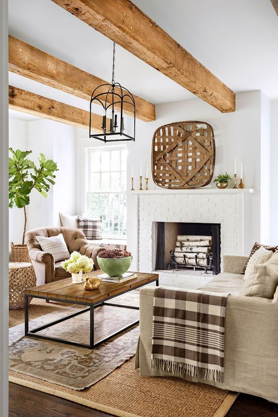 Wooden ceiling in the small living room