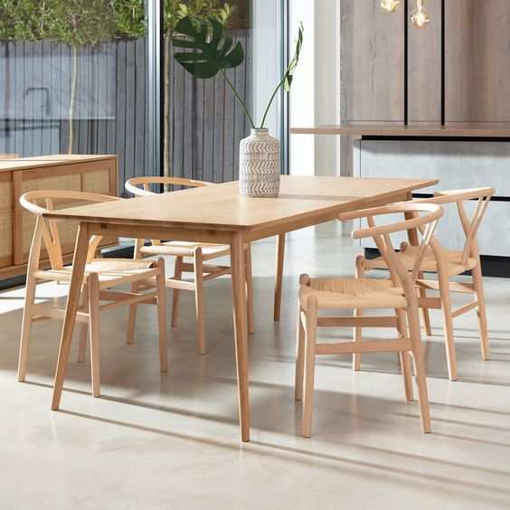 Wooden dining table set materials