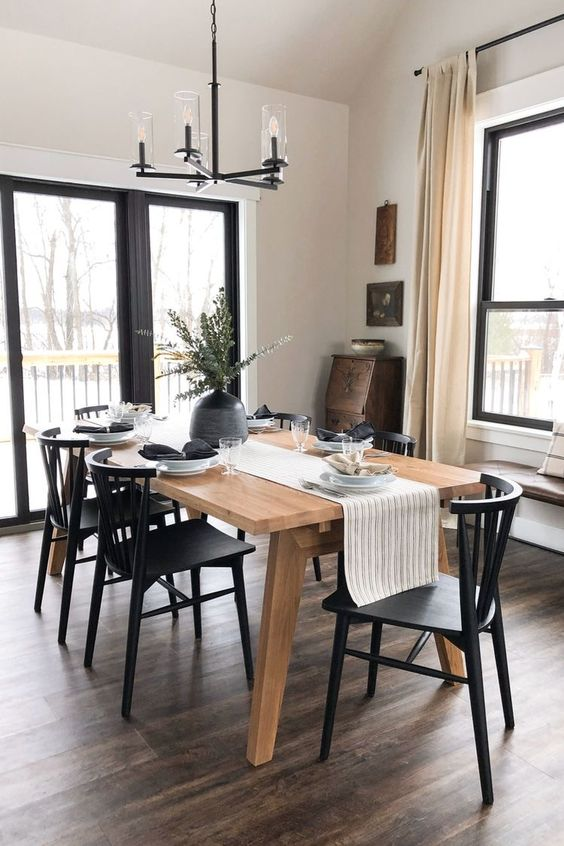 Simple rustic dining room concept