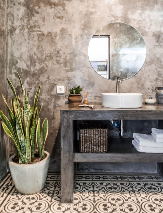 Light brown rustic bathroom