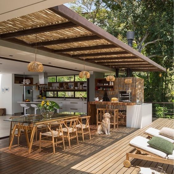 Rustic farmhouse outside dining room exterior design