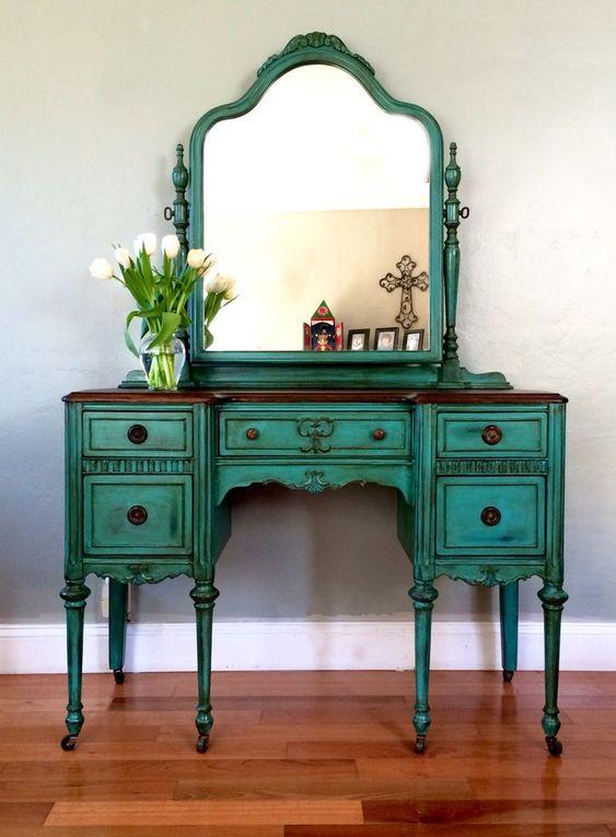 Dark green dress table