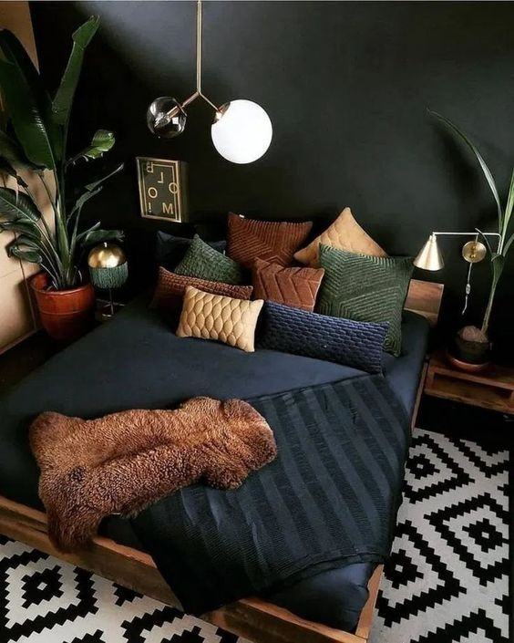 Elegant dark bohemian bedroom ideas