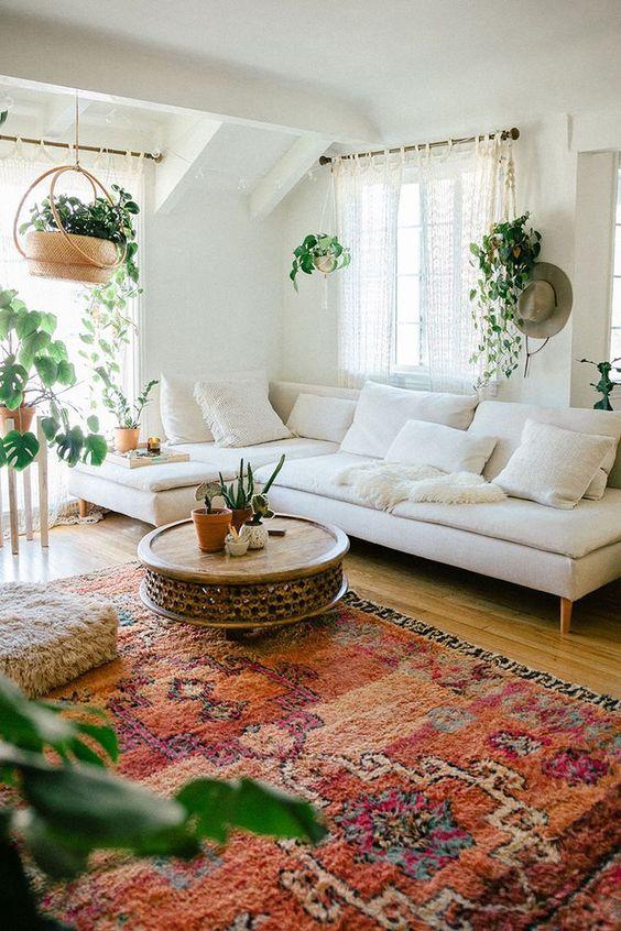 Simple cozy bohemian living room