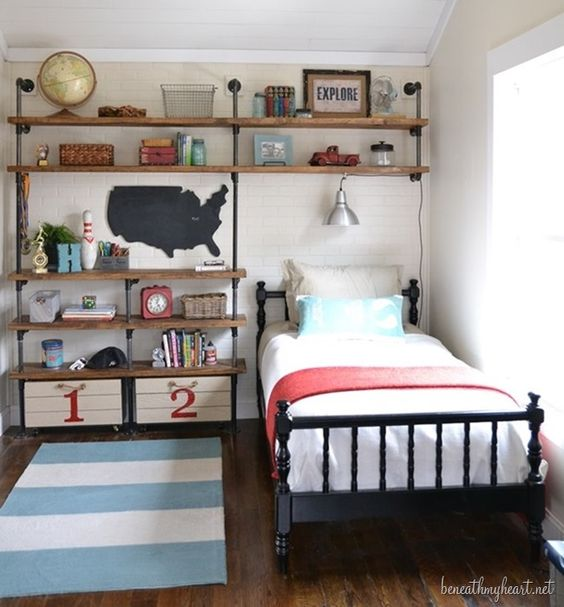 Colorful bed cover for an industrial bedroom design