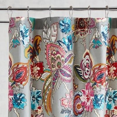 Floral shower curtain pattern