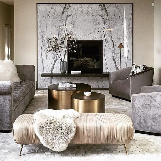 A big white picture create an elegant accent