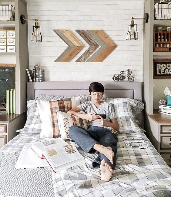 Cozy industrial teenager's bedroom