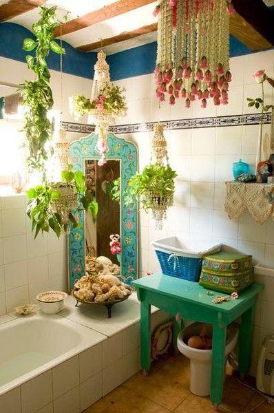 Modern colorful bohemian bathroom design