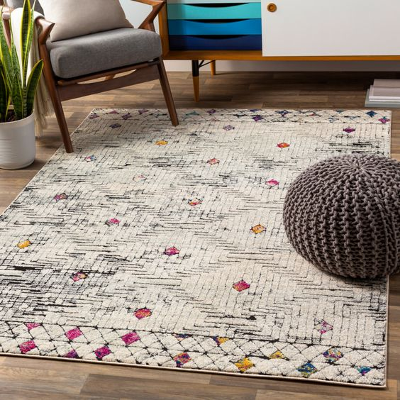 White shabby bohemian rug