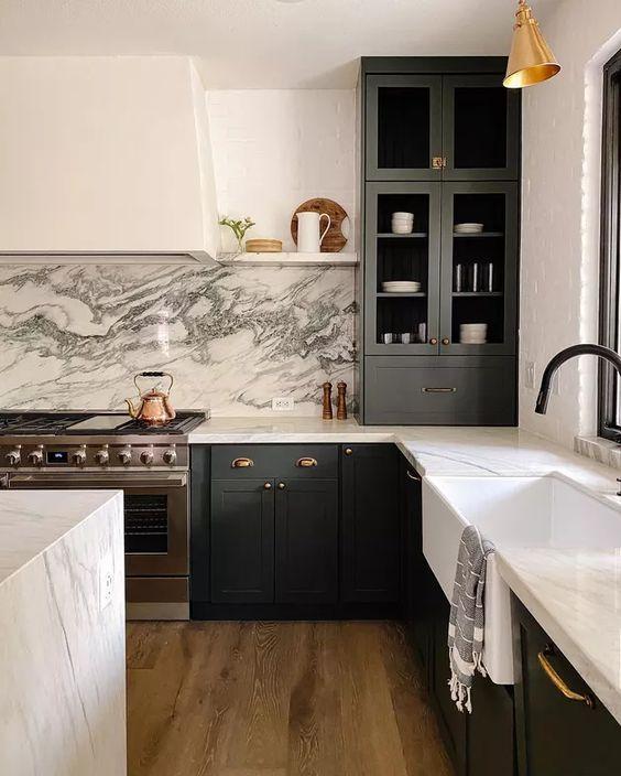 white marble in the masculine kitchen design